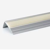 Treppenkantenprofil Aluminium silber eloxiert mit langnachleuchtender PVC Einlage.